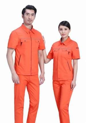环卫工人工作服的颜色需要换吗?